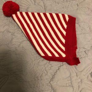 Bonnet like winter hats